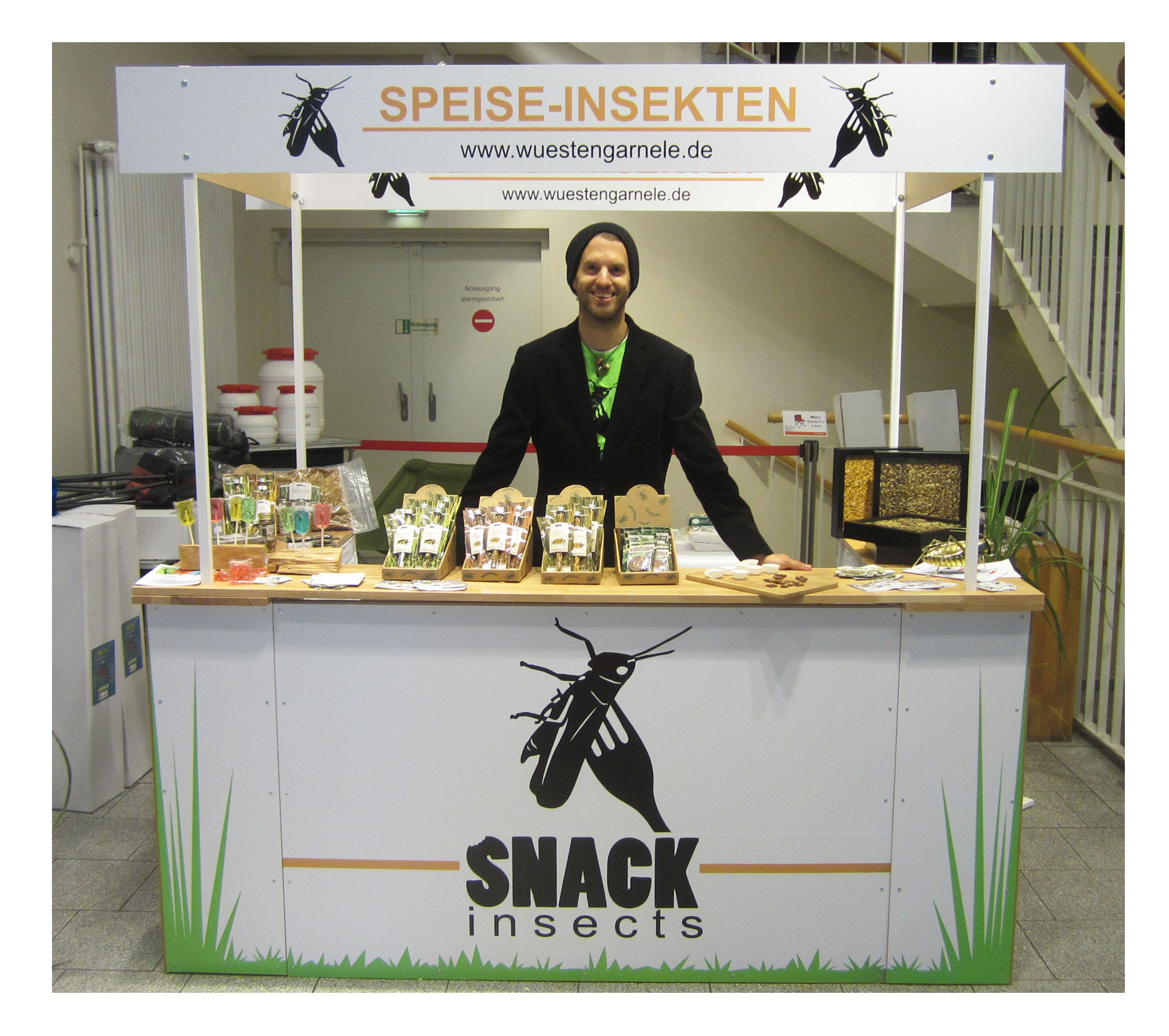 Snack-Insects_essbare_Insekten_Info_Stand
